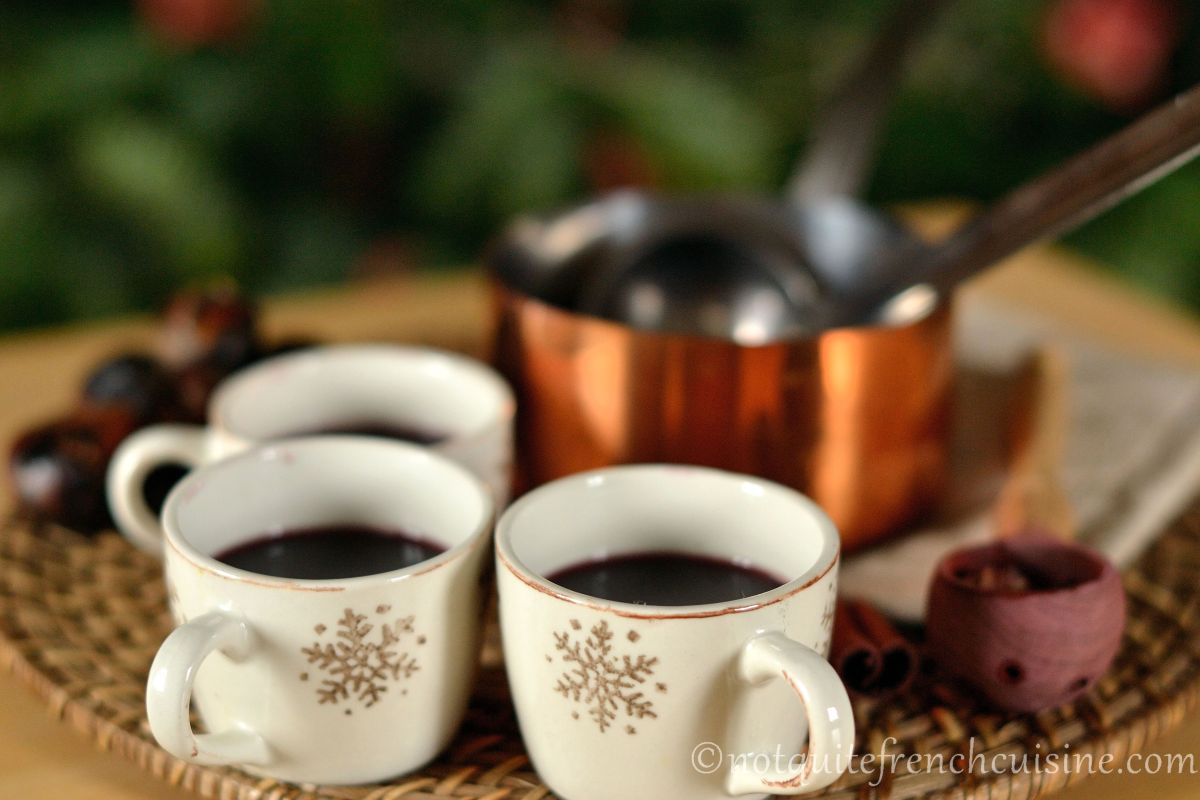 Tonka bean mulled wine (+ mulled-wine mix DIY)